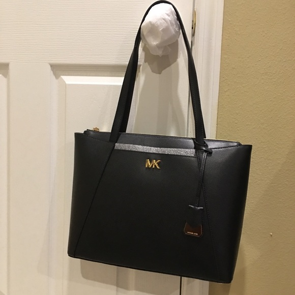 2bbb66d7c038 Michael Kors Maddie Medium Crossgrain Leather Tote. Listing Price   140.00